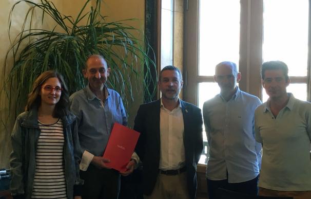 La localidad de Aibar firma su incorporación al programa Bolsa de Alquiler del Gobierno de Navarra