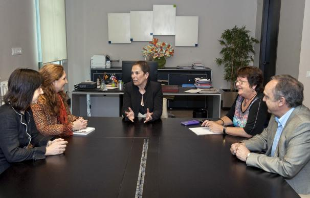 Barkos recibe a representantes del Colegio de Abogados de Pamplona