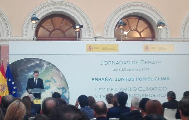 """Rajoy asegura que esta legislatura """"tiene futuro"""" porque tiene """"contenidos inaplazables"""" como el cambio climático"""