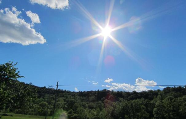 La ola de calor seguirá el fin de semana y hasta el martes, cuando los termómetros iniciarán su paulatino descenso