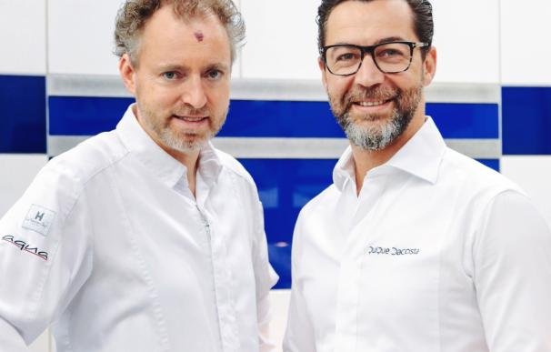 """Quique Dacosta continúa en Alemania su gira europea a cuatro manos """"cocinando amistad"""" junto al chef Sven Elverfeld"""