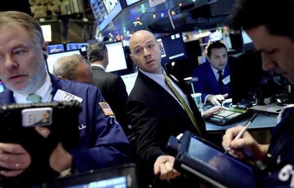 Wall Street cierra con pérdidas y el Dow Jones cae un 0,54 por ciento