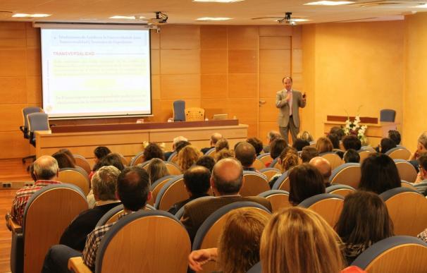 La UJA explica en una jornada los requisitos de acceso a la universidad y los avances sobre la futura reválida