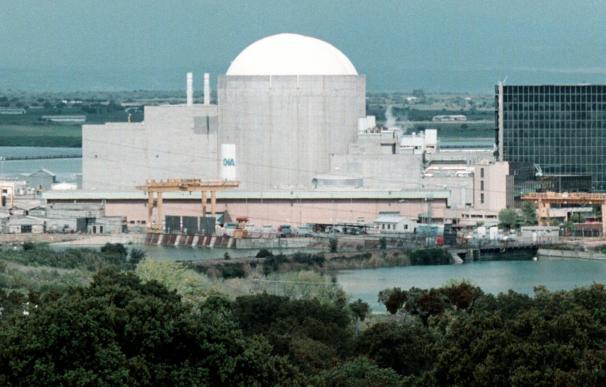 """Ecologistas tildan de """"brindis al sol"""" la propuesta de cerrar las nucleares a los 40 años a punto de disolver las Cortes"""