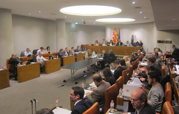 La Diputación de Barcelona aprueba una moción de apoyo a ayuntamientos investigados por la AN