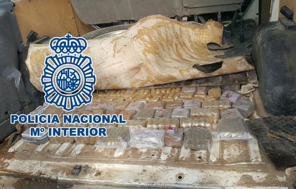 Detenidos cuatro miembros de una organización dedicada al tráfico internacional de hachís