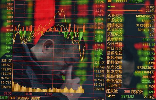 El Hang Seng cayó un 1,5 por ciento arrastrado por las masivas pérdidas de Shanghái