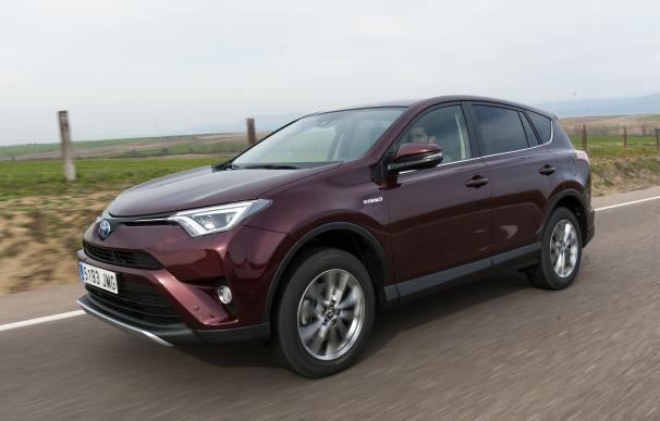 Toyota lanza un sistema pionero en el uso de goma biosintética para motores y transmisiones