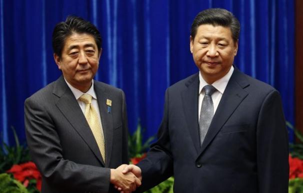 China y Japón se reúnen por primera vez tras dos años de desencuentros