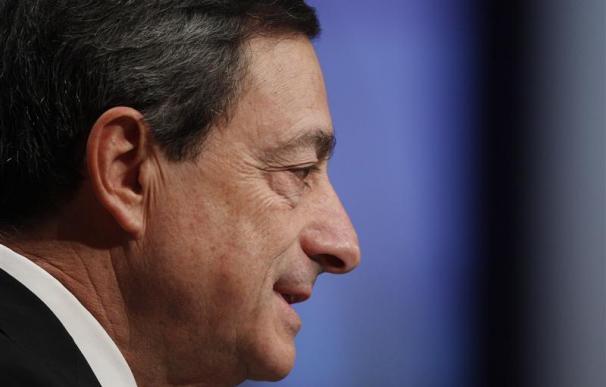 El presidente del BCE dice que los riesgos han vuelto a aumentar
