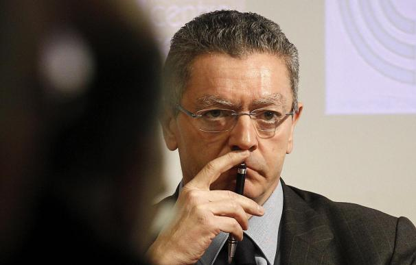 """La ley de tasas judiciales tendrá """"un contenido social extraordinariamente positivo"""" dice Gallardón"""