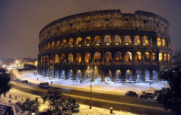 """El Coliseo """"no es eterno"""" y se le colocará una valla de protección"""