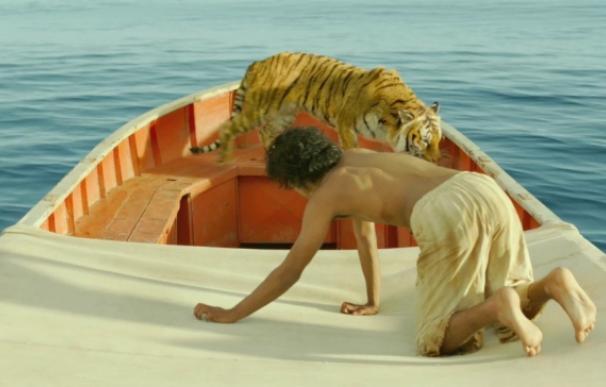 Clip exclusivo: De viaje con un temible tigre de Bengala en 'La vida de Pi'