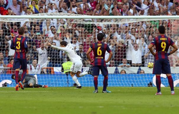 Ronaldo, de penalti, deja el récord de Bravo en 754 minutos