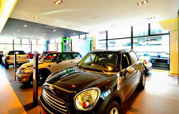 Las ventas de coches usados crecen un 13,3% hasta febrero en Murcia