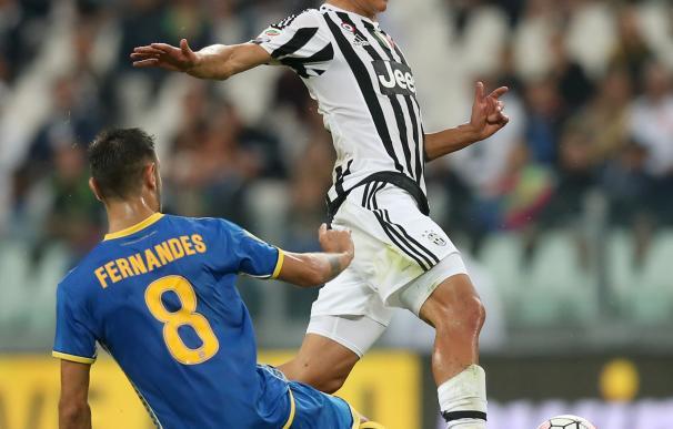 Juventus' forward from Argentina, Paulo Dybala, fi
