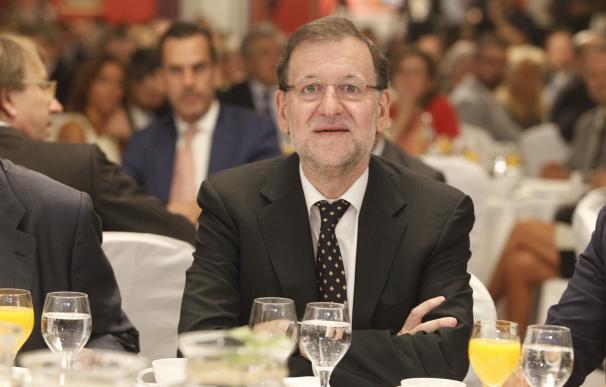 Rajoy inicia el curso político reuniéndose con Merkel y Cameron y recibiendo a tres presidentes autonómicos
