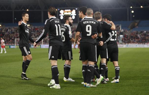 1-4. El Real Madrid suma y sigue y agrava la crisis del Almería