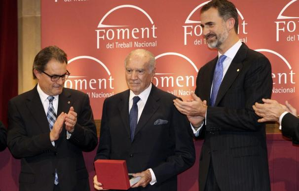 """Gay de Montellà apela al """"pacto y el diálogo"""" ante Felipe VI y Artur Mas"""