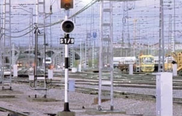Indra y Siemens suministrarán balizas para limitar la velocidad de los trenes por 12,9 millones