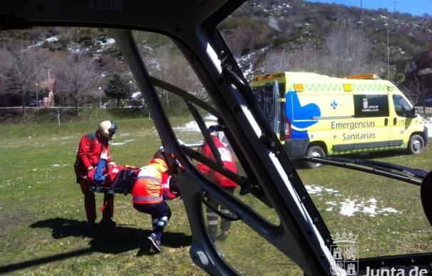 Rescatado un practicante de snowboard en el Pico del Lago, en Maraña (León), tras sufrir un accidente