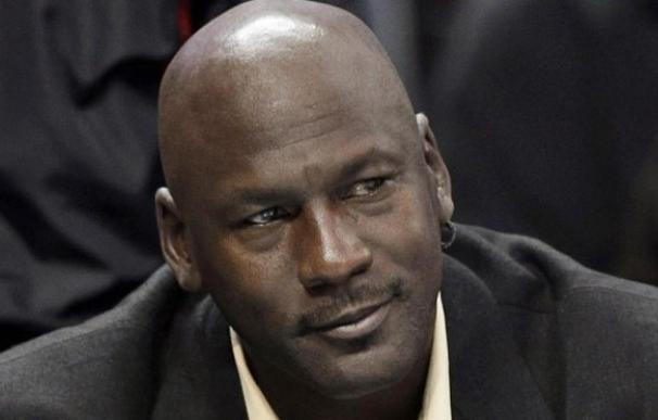 Michael Jordan es por tercer año consecutivo el exdeportista con mayores ingresos
