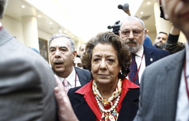 El Comité de Garantías del PP interrogará en Valencia a los ediles expedientados y dejará para más adelante a Barberá