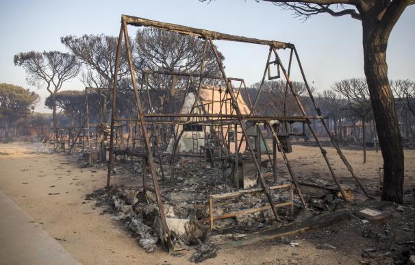 El Ayuntamiento de Moguer aborda con el camping calcinado su recuperación y le pide un informe de daños