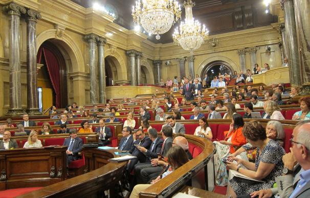 El Parlament rechaza una moción de Cs para proteger a los funcionarios ante el referéndum del 1-O