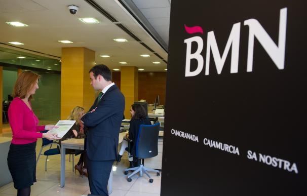 Minoritarios de BMN estudian emprender acciones legales por la fusión con Bankia