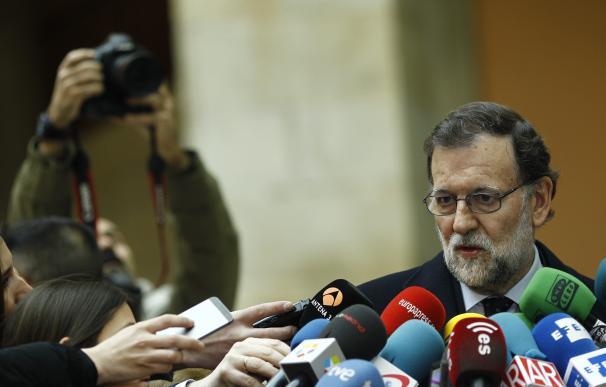 Rajoy viaja este sábado a Sevilla dentro de su gira por España para movilizar al partido por si hay elecciones