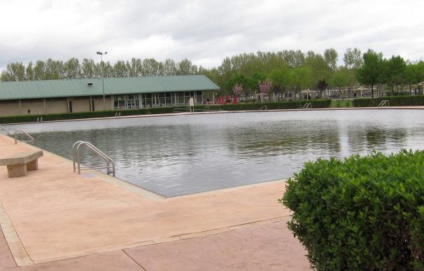 Cambia plantea crear un bono social en las piscinas municipales para familias en dificultades