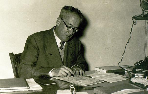 La familia de Manuel Jiménez-Alfaro dona al Archivo Municipal 200 documentos de los inicios de FASA en Valladolid