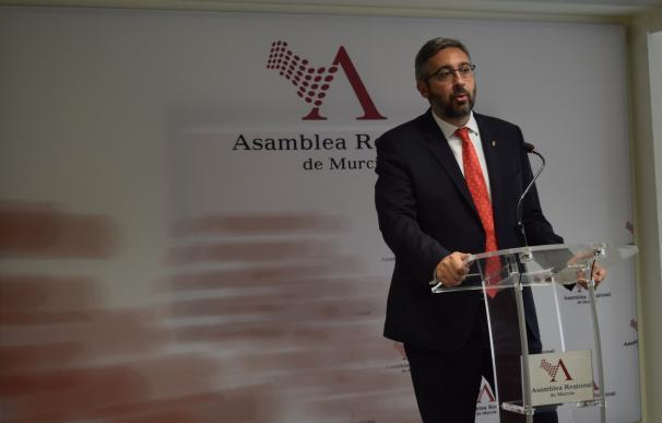 """PP pide la reprobación de Óscar Urralburu """"por atentar con sus declaraciones contra el sector agrícola"""""""