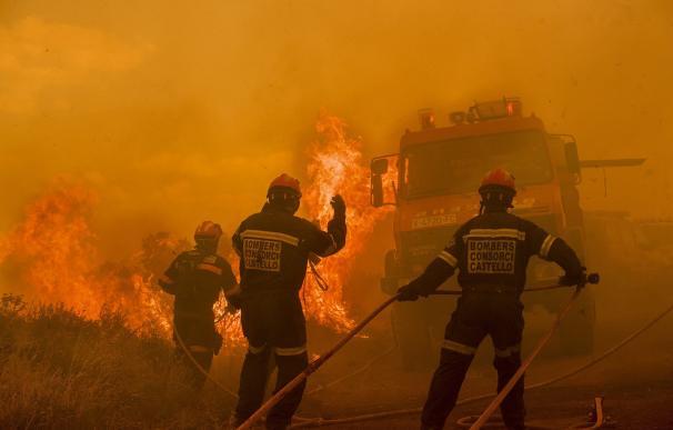 Un rayo latente de hace unos días, posible origen del fuego de Gátova