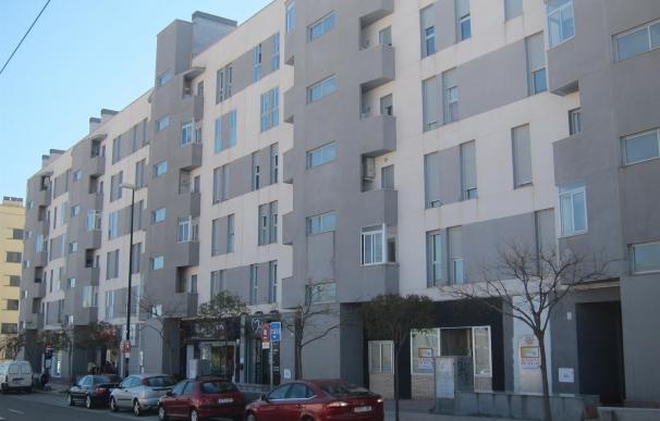 (Ampl.) La firma de hipotecas sobre viviendas se reduce un 11,4% en abril tras el fuerte repunte de marzo