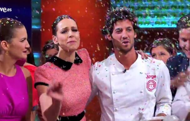 'Masterchef' se despide con récord y un beso entre Miri y Jorge con sabor a azahara