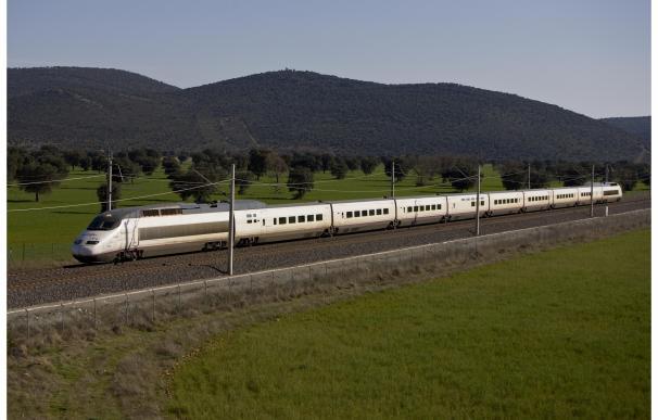 Renfe refuerza con 12.800 plazas los trenes entre Madrid y Andalucía en el primer fin de semana de operación salida