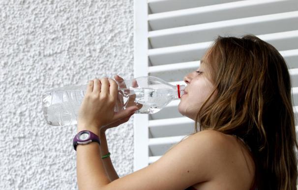 Sanidad alerta del riesgo de intoxicaciones alimentarias y problemas con los medicamentos por las altas temperaturas