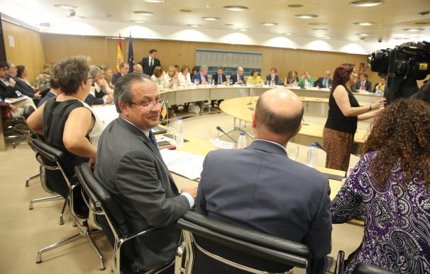 Las CCAA del PSOE, críticas con la reducción del objetivo de déficit porque repercute en los servicios públicos