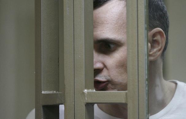 Ukrainian film director Oleg Sentsov reacts inside