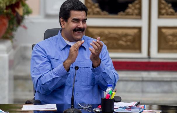 Maduro mantiene ataque verbal contra EE.UU. tras las acusaciones contra Aznar