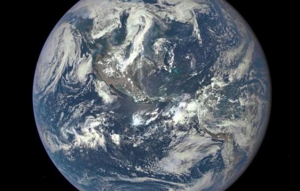 La NASA publica una foto del disco completo de La Tierra