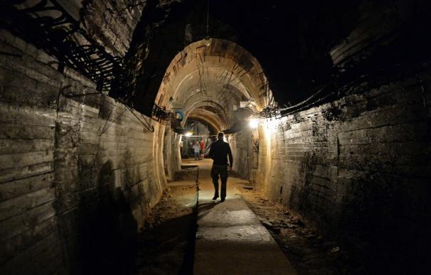 Parte del túnel en el que está el tren