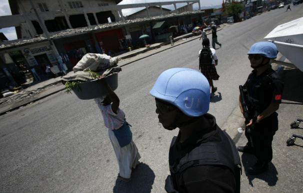 Haití espera el anuncio de un gobierno de consenso mientras siguen las protestas