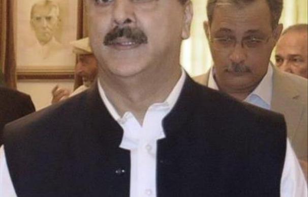 El primer ministro de Pakistán aplaude que el Ejército no planee un golpe