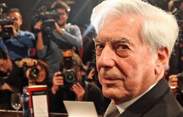 Mario Vargas Llosa publica en abril 'La civilización del espectáculo'