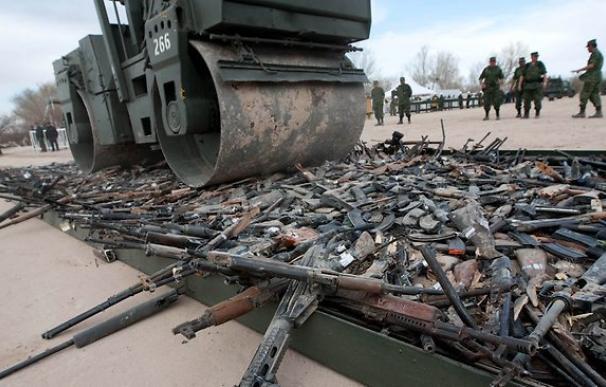 Los 'otros' desplazados: 43 millones de personas huyen por la venta legal de armas