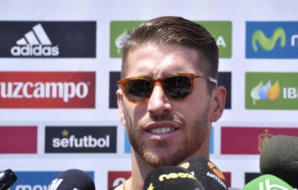Sergio Ramos tiene pendiente sentarse a hablar con Florentino Pérez.