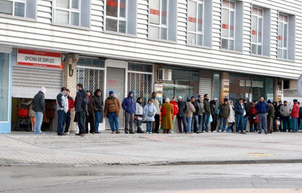 La situación del empleo en España es uno de los factores que más repercuten en los salarios, señala la OIT
